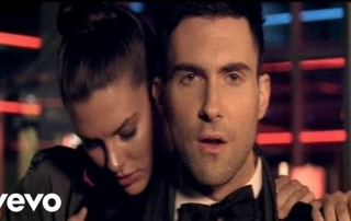 adam-levine-makes-me-wonder-830x467.jpg